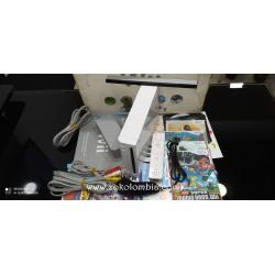 Nintendo Wii en caja con 19...